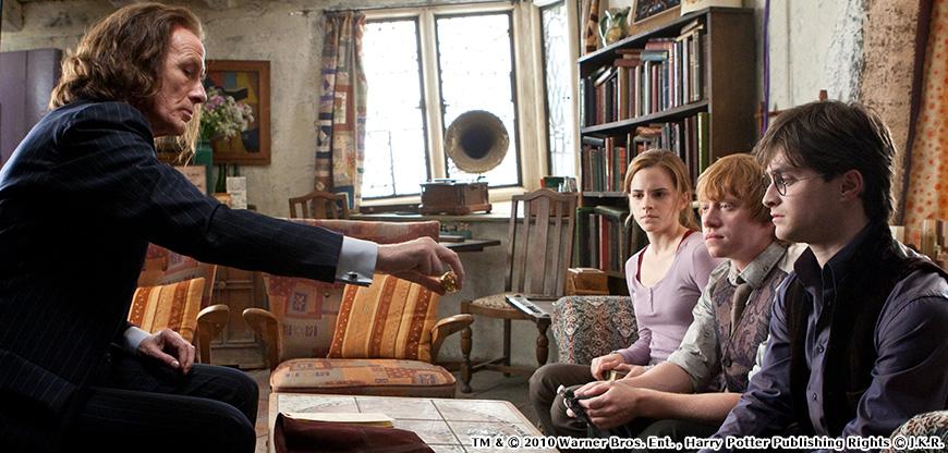 ハリー・ポッターと死の秘宝PART1のワンシーン